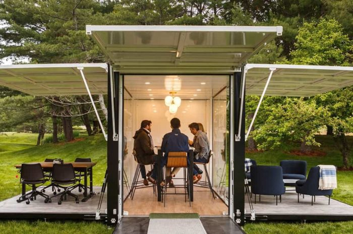 How to Design an Outdoor Workspace